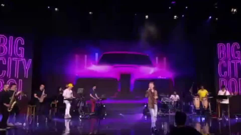 Binz hát 'BigcityBoi'