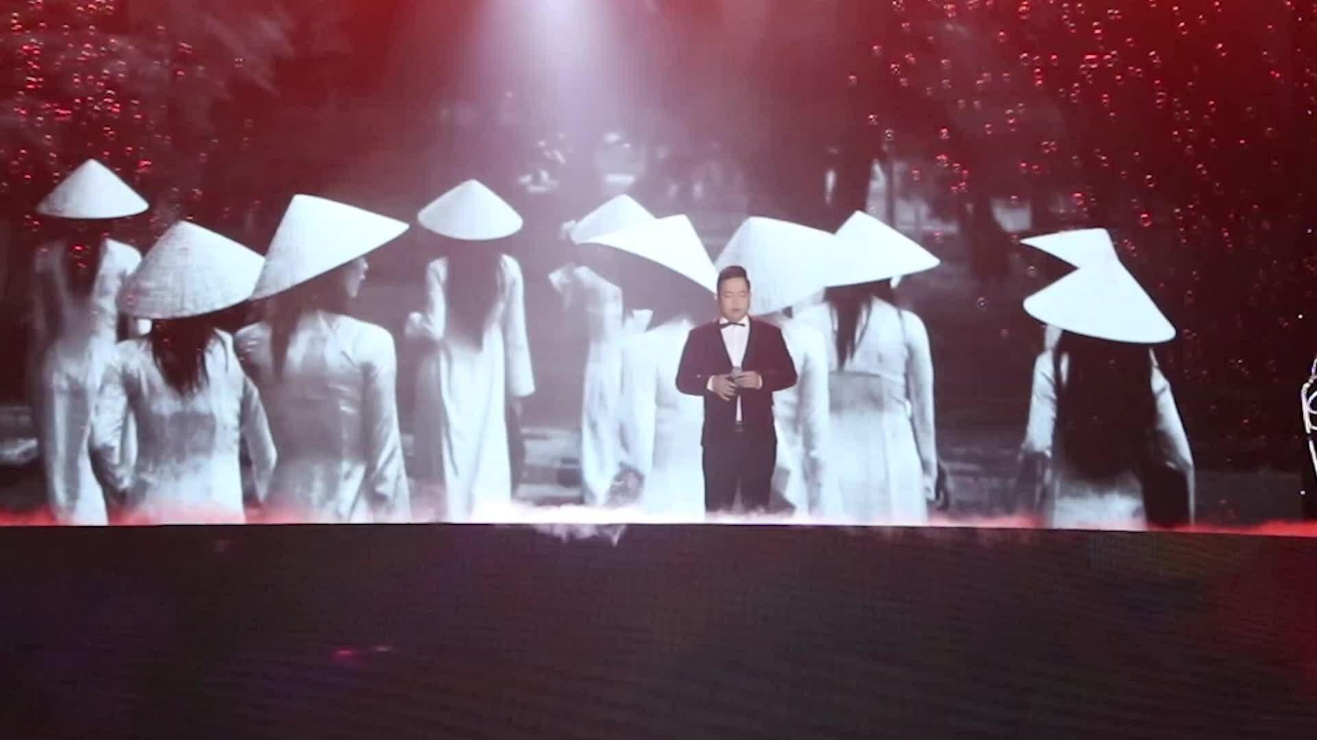 Đêm nhạc gây quỹ hơn 12 tỷ cho miền Trung