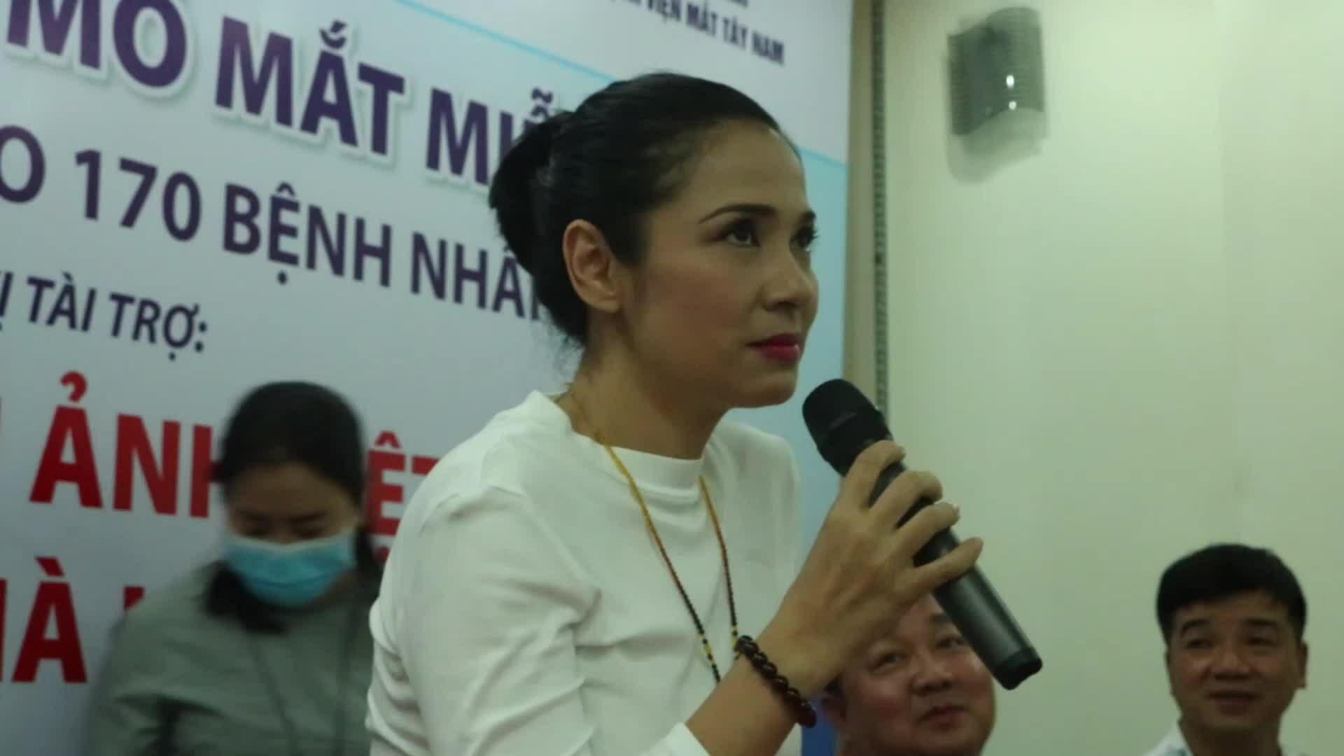Việt Trinh tài trợ 170 người nghèo mổ mắt