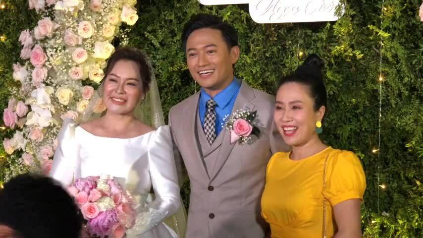 Lễ cưới của Quý Bình và vợ doanh nhân