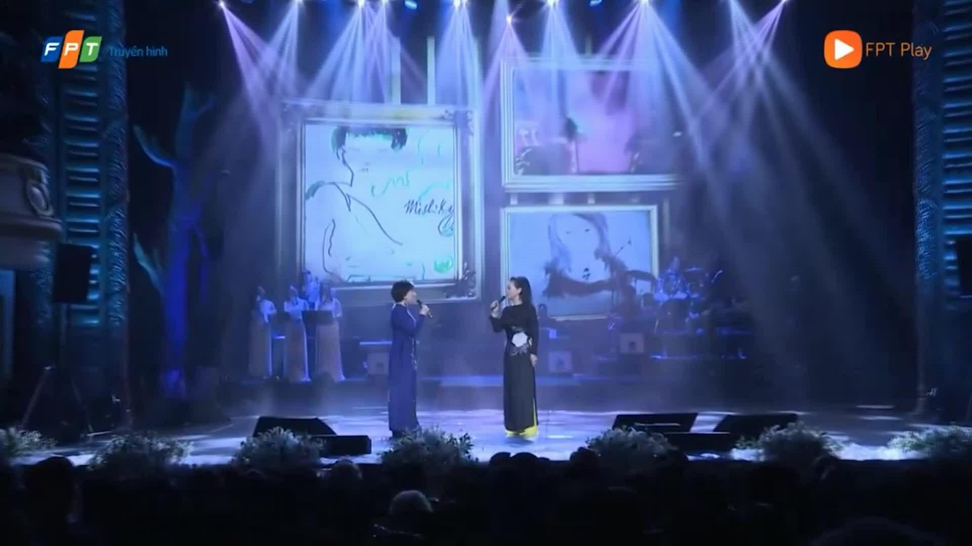 Lệ Thu song ca Khánh Ly