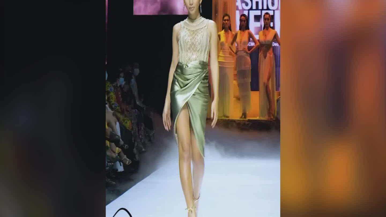 Cadie Huỳnh Anh catwalk