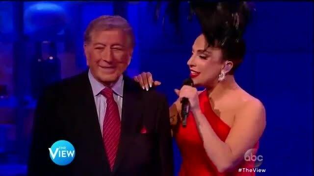 """Tony Bennett và Lady Gaga hát """"Check to check"""""""