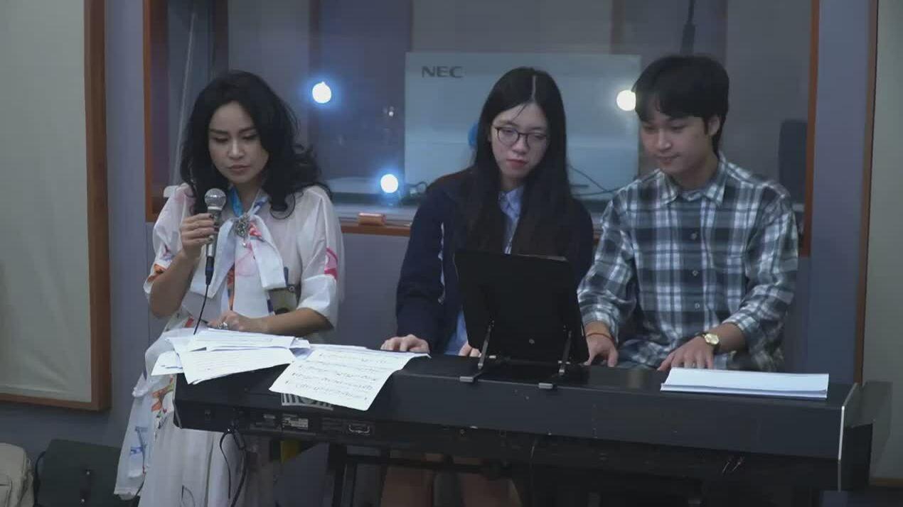 Thanh Lam hát tri ân bác sĩ