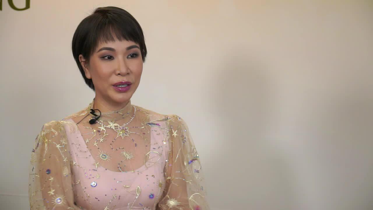 Uyên Linh: 'Tôi hạnh phúc khi độc thân ở tuổi 33'