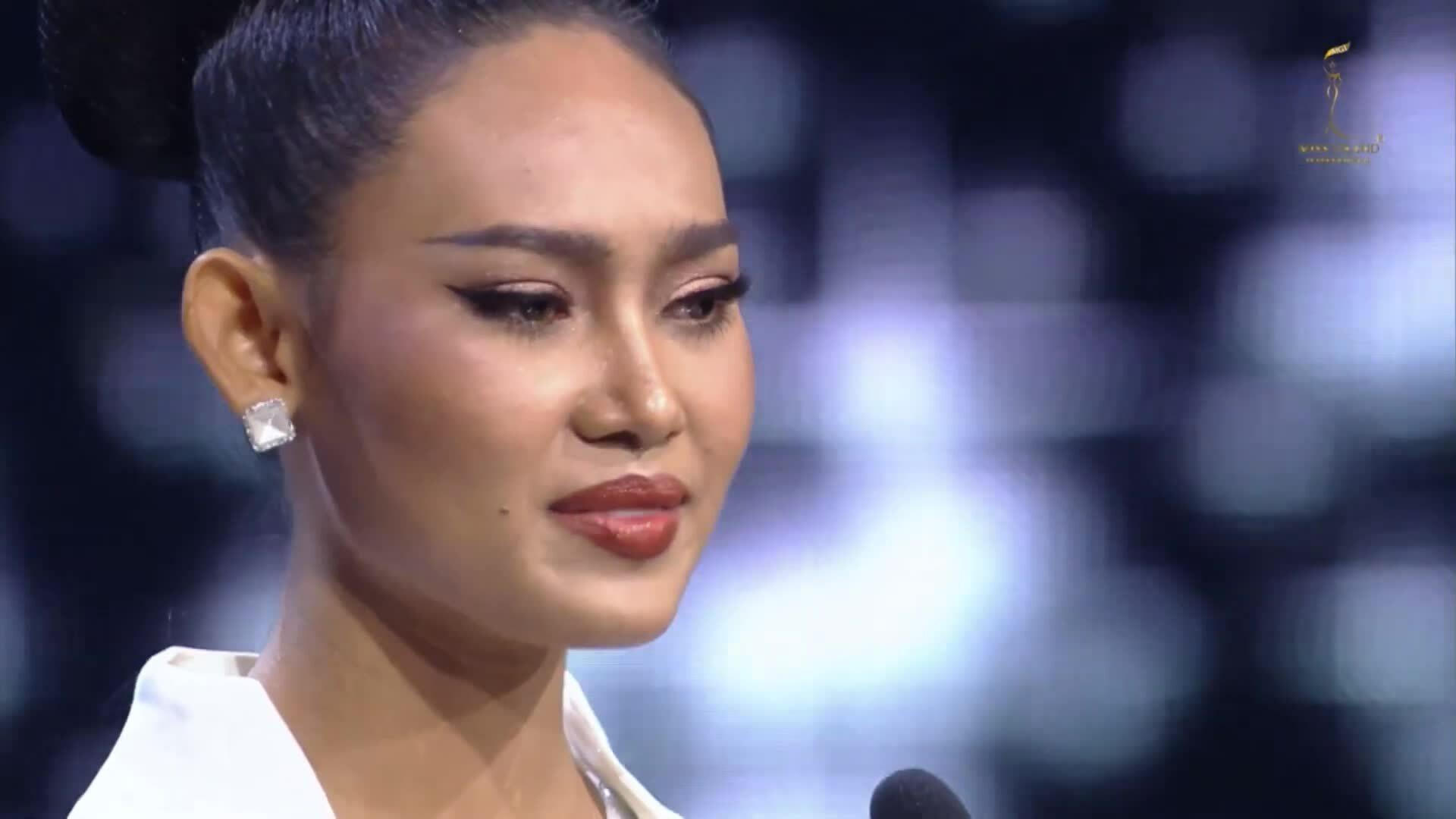 Hoa hậu Myanmar Han Lay tại Miss Grand