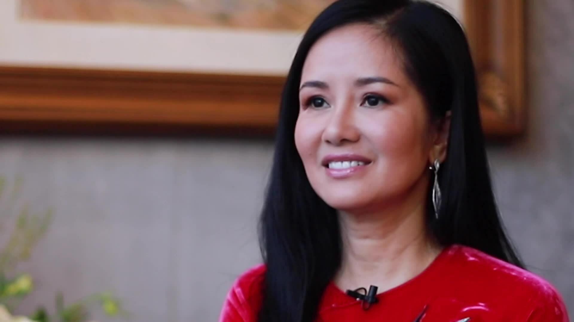 Hồng Nhung: 'Day dứt vì chưa kịp cảm ơn anh Trịnh Công Sơn'
