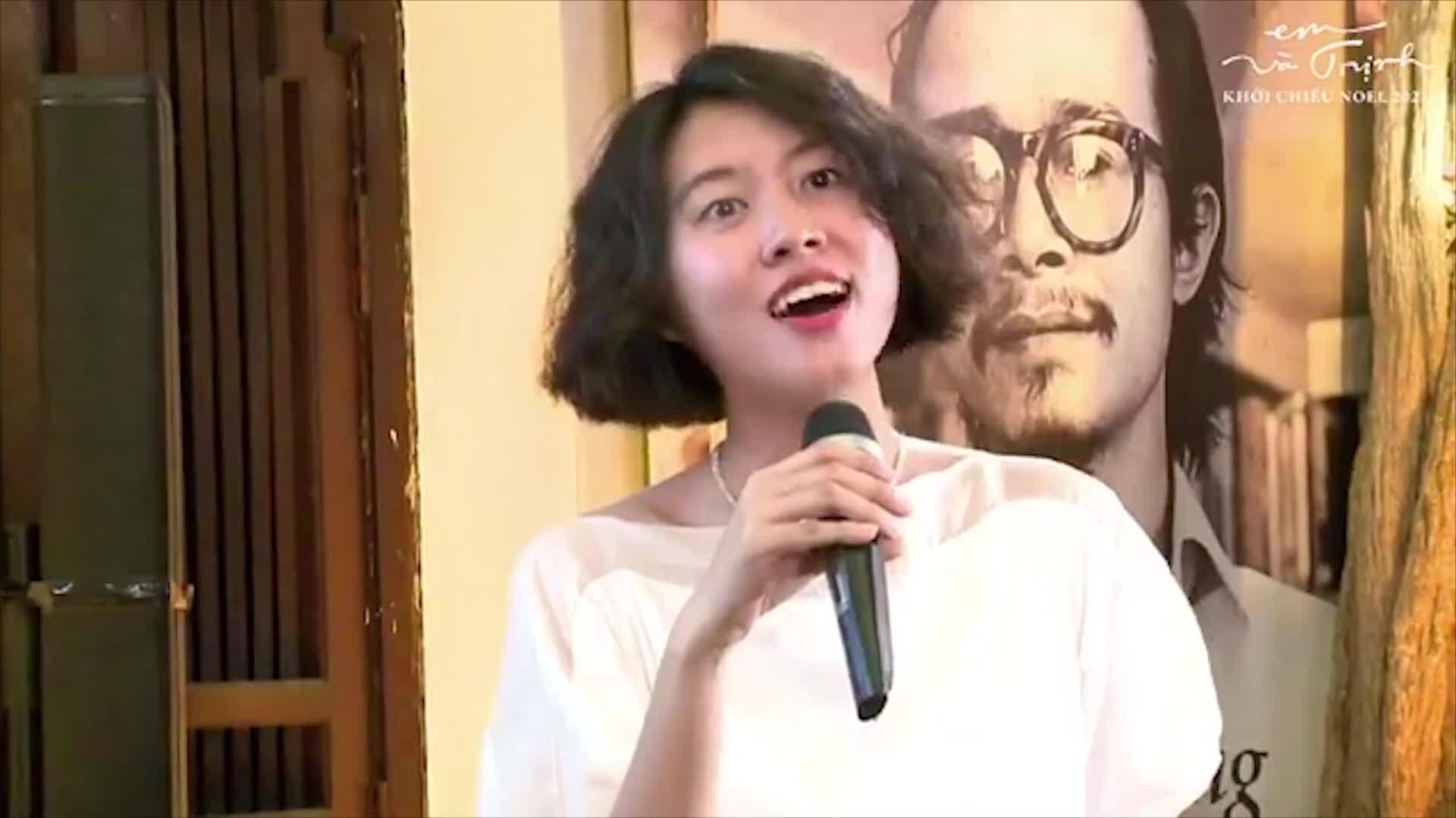 Hoàng Trang hát 'Ta thấy gì đêm nay'