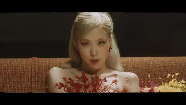 "MV ""Gone"" của Rosé (Blackpink)"