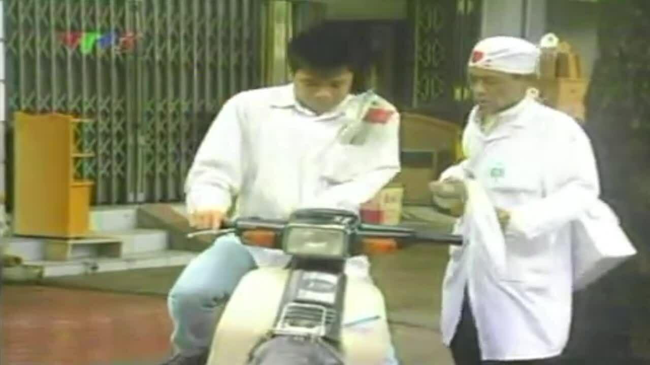 Hoàng Nhuận Cầm đóng bác sĩ Hoa Súng