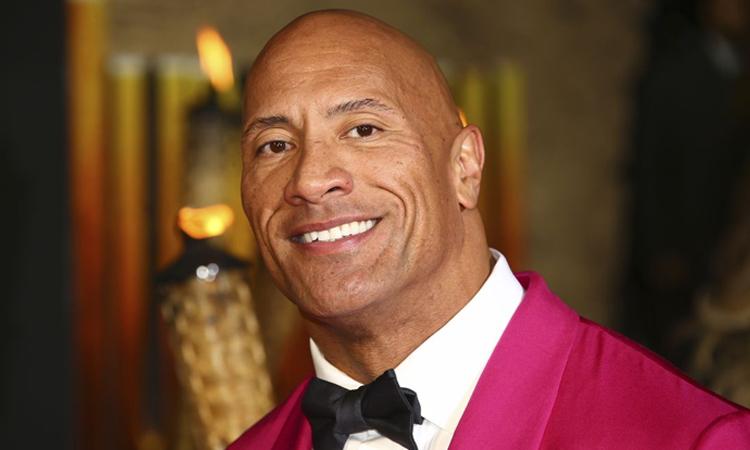 The Rock hát tặng fan ung thư