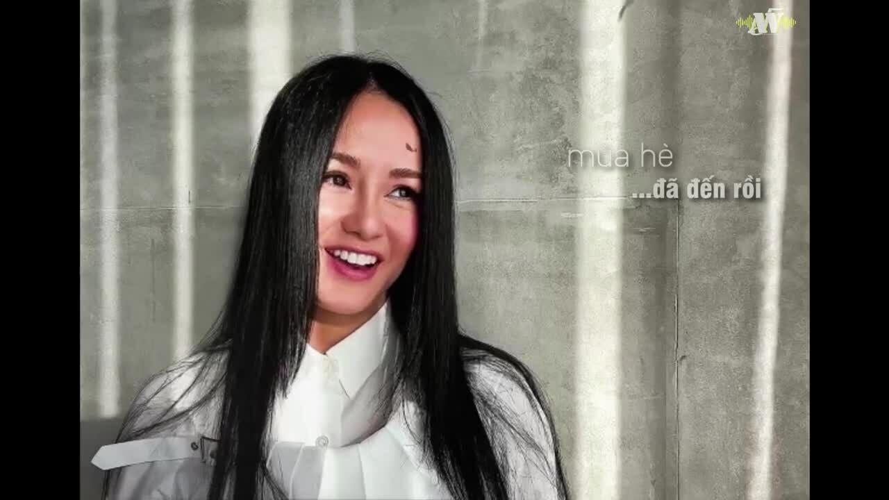 Hồng Nhung hát động viên học trò đi thi thời dịch