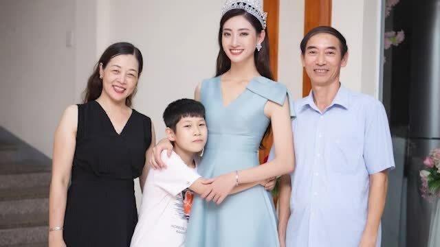 Lương Thùy Linh: 'Tôi trở thành CEO không chỉ nhờ là hoa hậu'