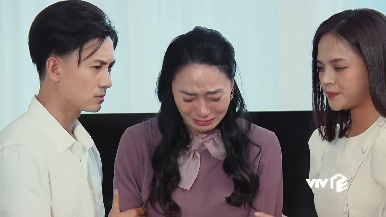 """Bà Xuân bị lừa trong phim """"Hương vị tình thân"""""""