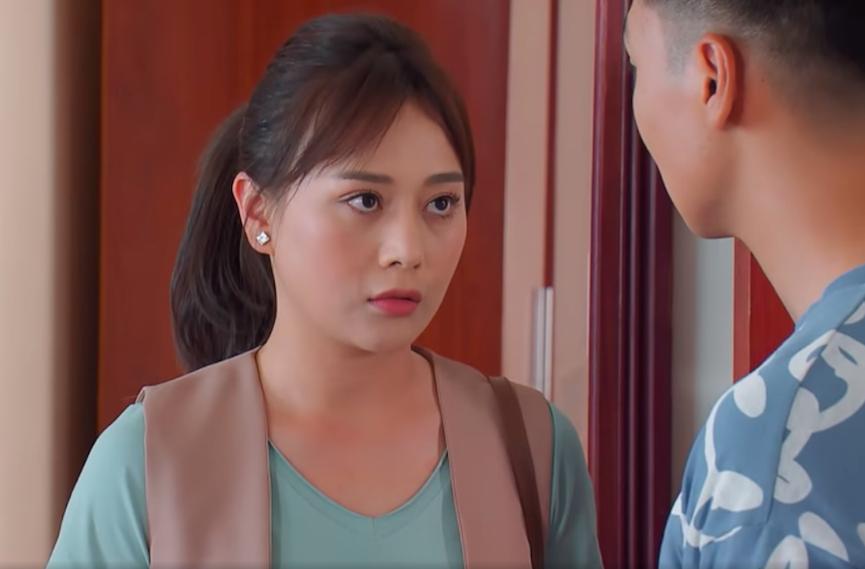 Thời trang gây tranh cãi của Phương Oanh trong 'Hương vị tình thân' 3