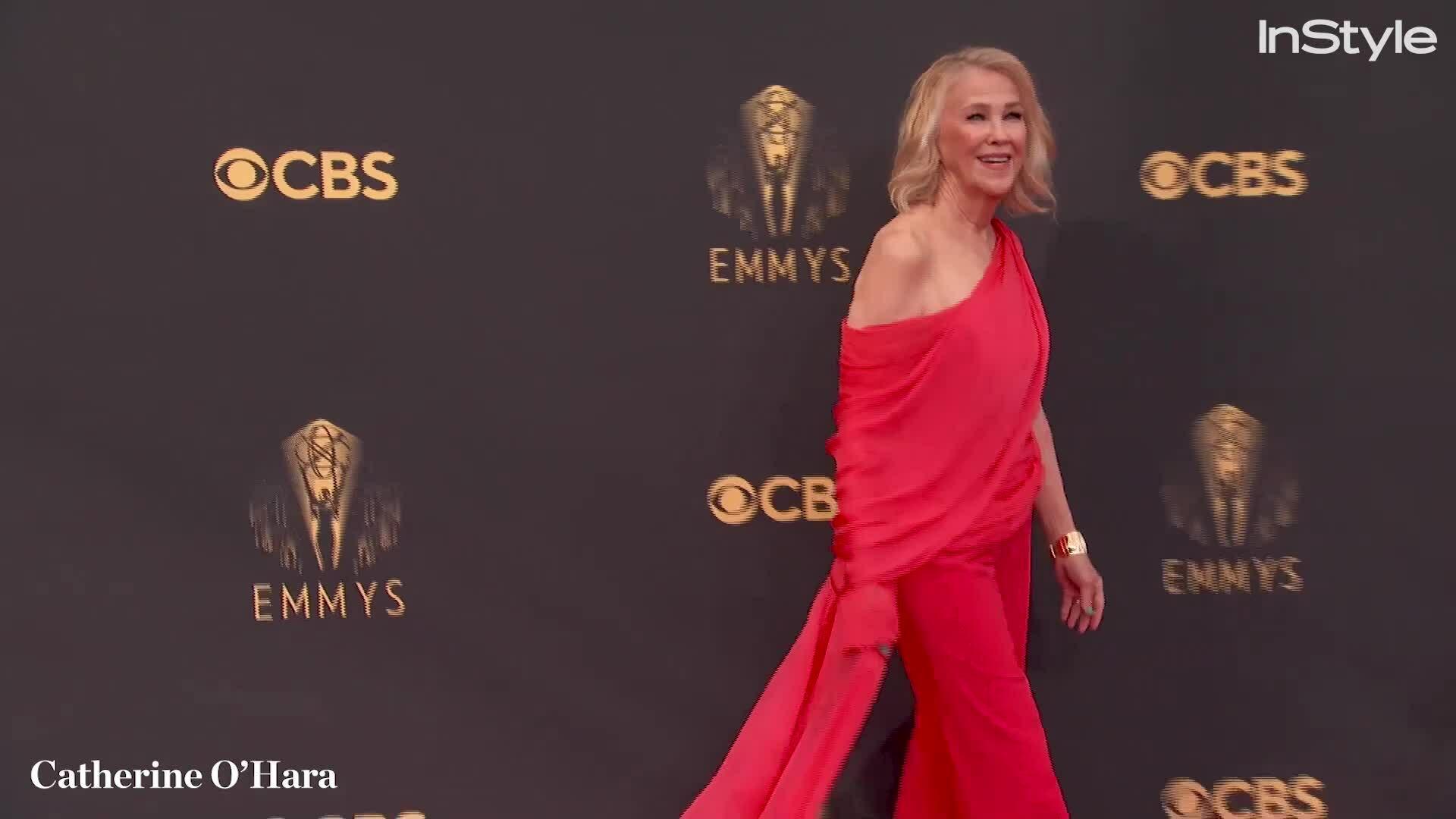 Catherine O'Hara vào nhóm sao đẹp ở Emmy 2021
