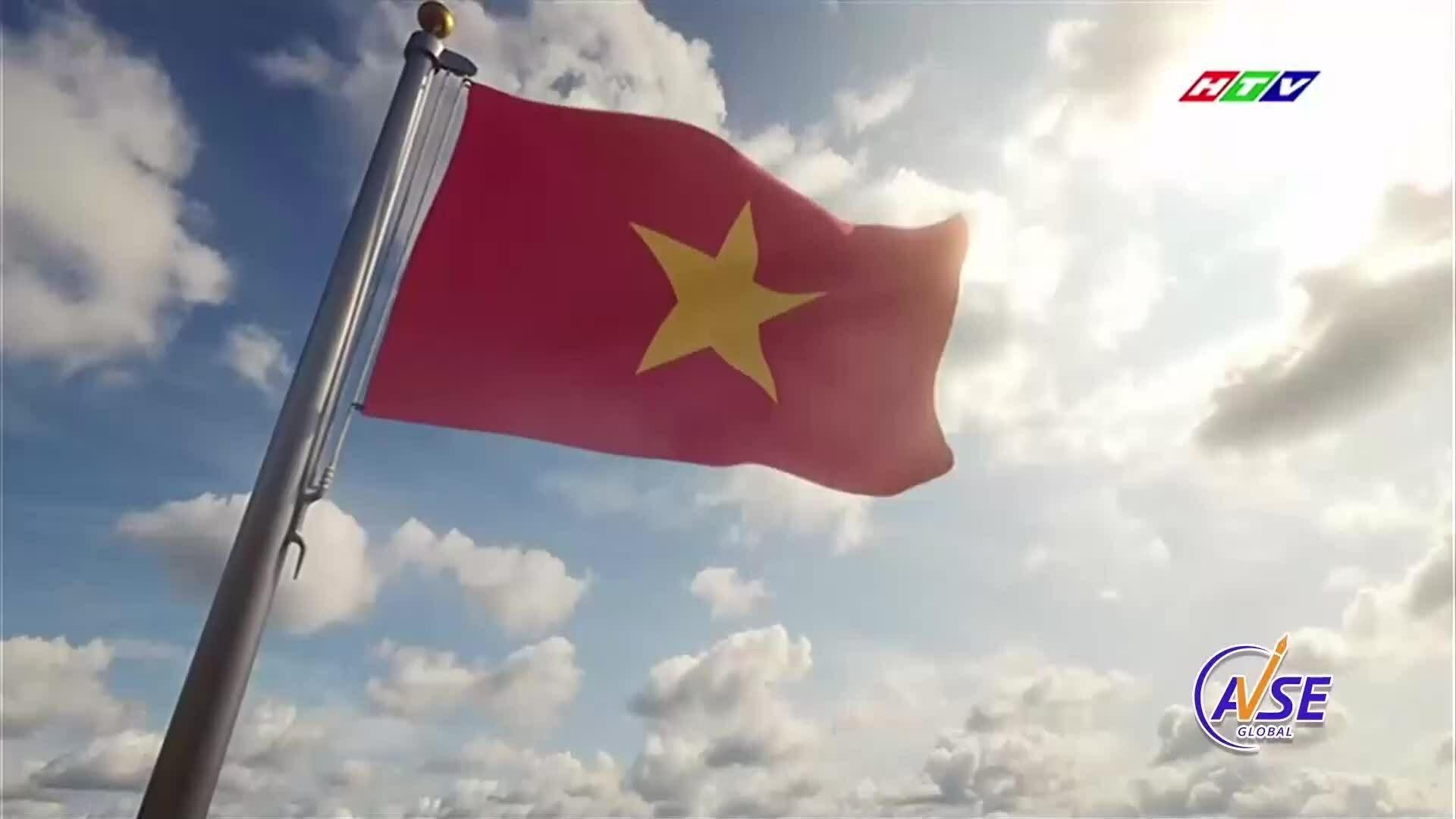 """Hà Lê hát """"Huế - Sài Gòn - Hà Nội"""""""