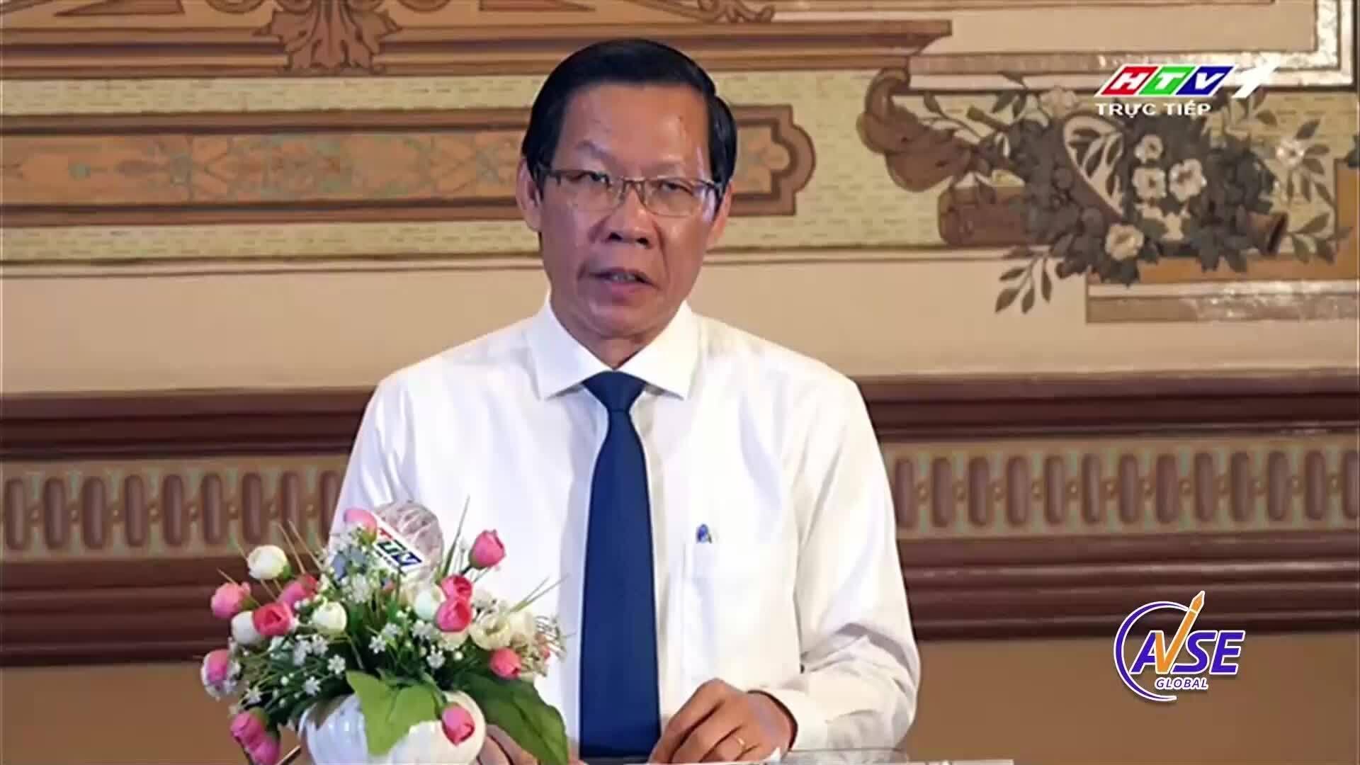 Ông Phan Văn Mãi phát biểu