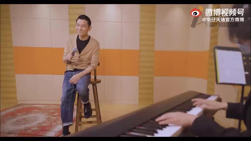 Lưu Đức Hoa đón tuổi 60