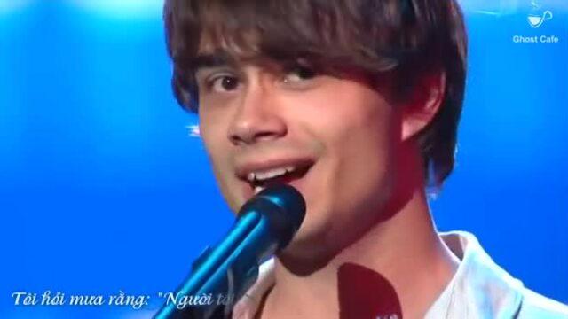 Alexander Rybak hát 'Tôi hỏi cây tần bì'