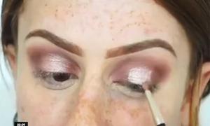 Sự lột xác sau khi makeup, tạo khối của cô gái đầy tàn nhang