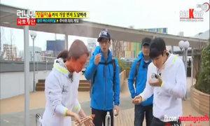 Song Ji Hyo giở trò 'gian lận' giống Lee Kwang Soo trên Running Man