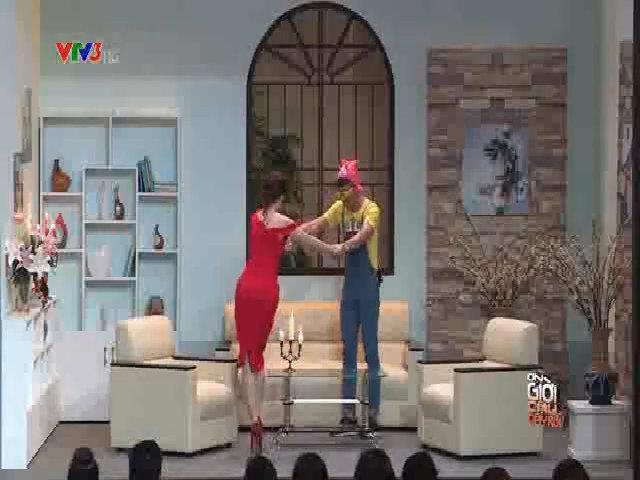 Trấn Thành hôn trộm Hari Won