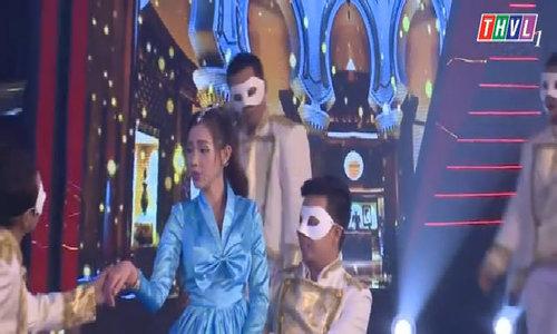 Quỳnh Chi hát 'Destiny'
