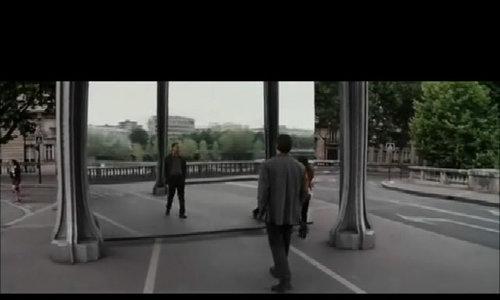 Cảnh phim phô diễn thế giới giấc mơ trong Inception