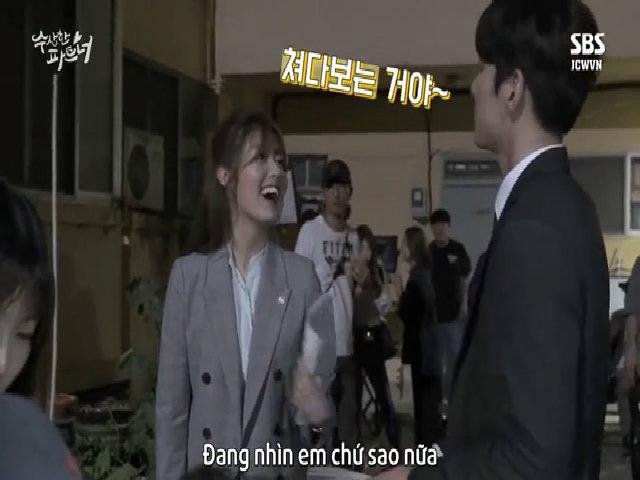 Ji Chang Wook và bạn diễn thân mật 'đáng ngờ' ở hậu trường phim
