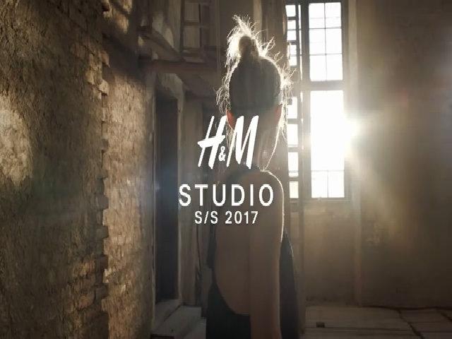 Bộ sưu tập H&M Spring Summer Studio 2017