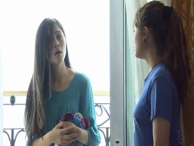 Trang phát điên vì mất con - Sống chung với mẹ chồng