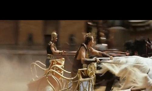 Sự hoành tráng khó tin của cảnh phim 'đốt tiền' nhất lịch sử - Video embed - VnExpress iOne
