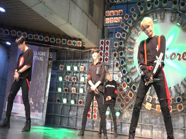 Thành viên boygroup Kpop gây ngỡ ngàng vì diện mạo quá nữ tính (2)
