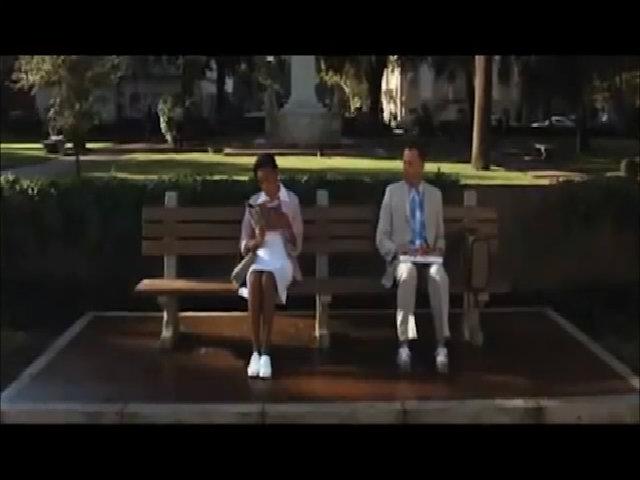 Cảnh phim nổi tiếng giúp một chiếc ghế băng được bán với hơn 11 tỷ đồng