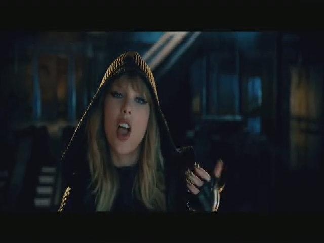 Taylor Swift quá gợi cảm trong 'Ready For It', sẽ trở nên hot nhất Halloween 2017