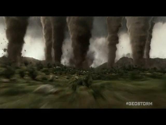 Bom tấn 'Siêu bão địa cầu' bị chê tơi bời vì những lỗi như thế này