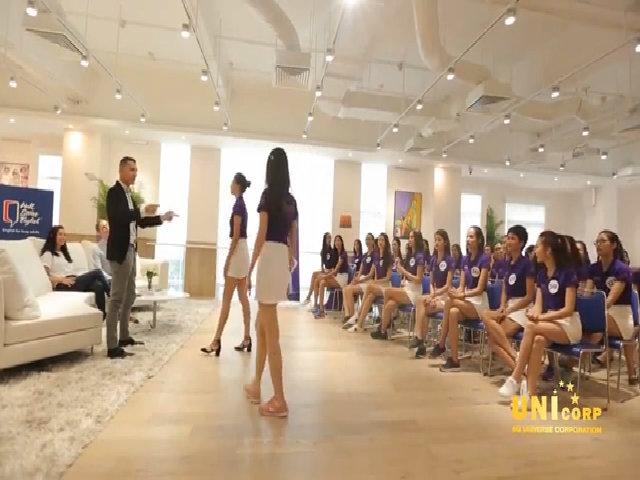 Thí sinh Hoa hậu Hoàn vũ nói tiếng Anh tốt