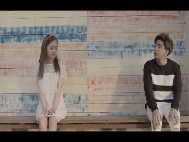 MV 'Yêu từ phía xa' - Chi Dân