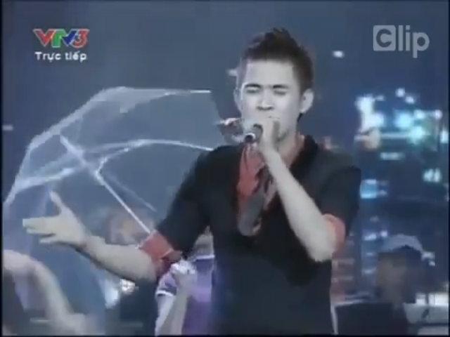 Vmusic hát 'Xinh tươi Việt Nam'