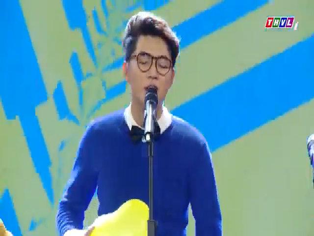Woossi hát 'Bốn chữ lắm'