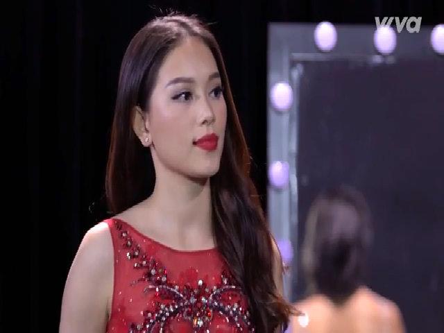 Phạm Hương gây tranh cãi vì liên tục dắt thí sinh bỏ ra ngoài ở The Look