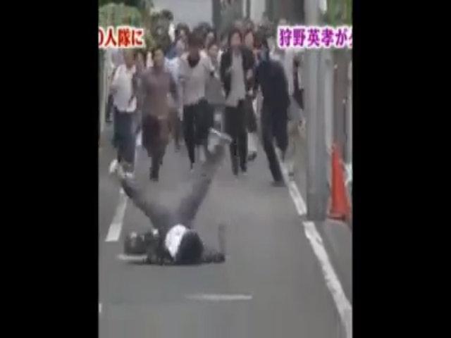 Chỉ có ở Nhật, troll là phải có hội