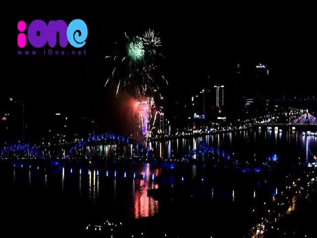 Pháo hoa đón năm mới 2018 tại Đà Nẵng