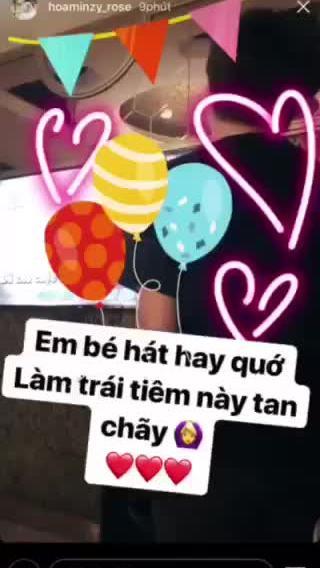 HòaMinzy lần đầu khoe bạn trai trên Instagram