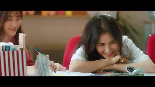 Hòa Minzy theo mốt 'tình chị em' và nhận cái kết không thể đắng hơn