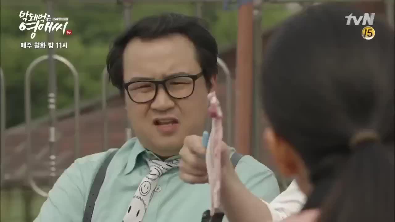 'Hết hồn' vì những pha ra đòn bằng đồ ăn nối tiếng chỉ có trong phim Hàn