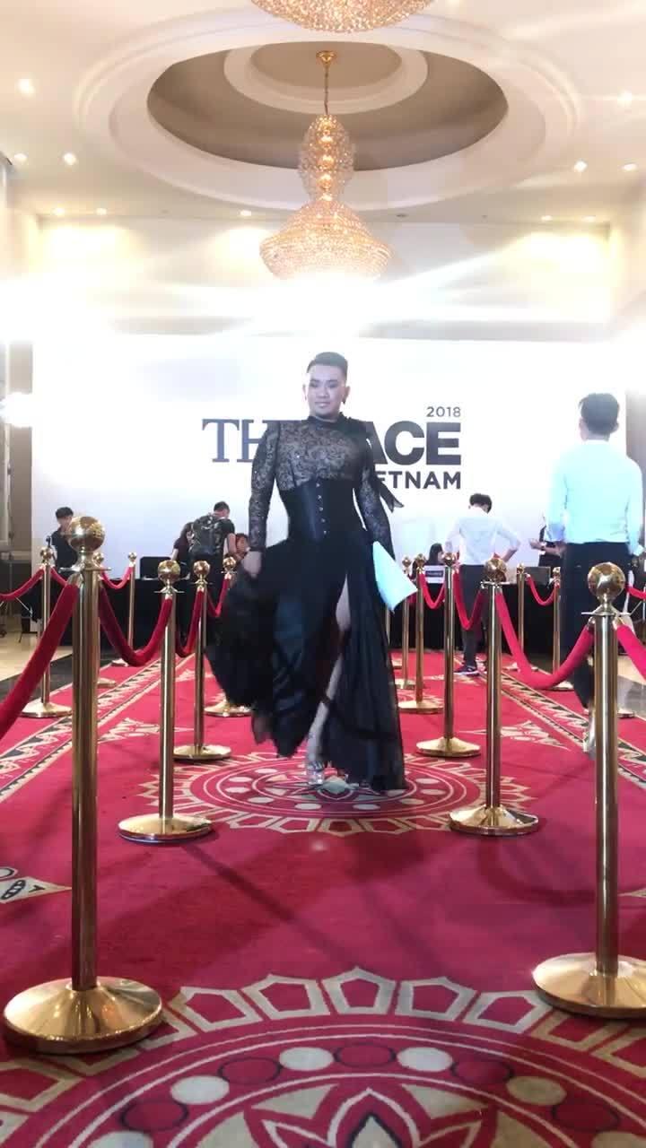 The Face 2018 và Vietnam's Next Top Model - tuy hai mà một?