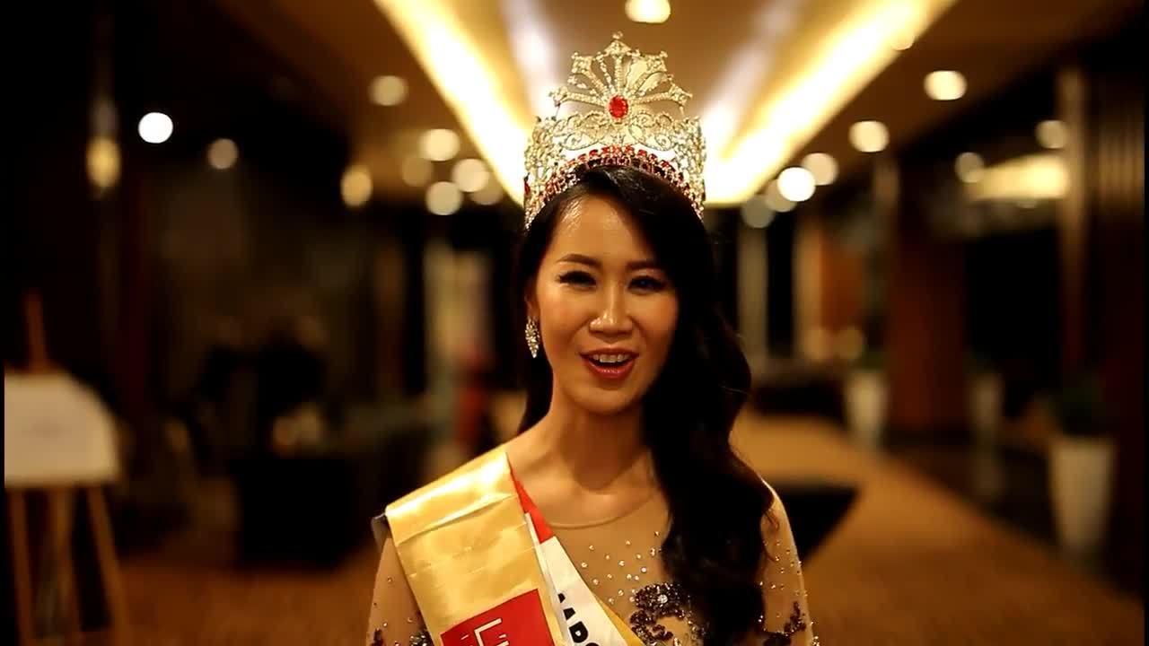 Đại diện Việt Nam Dương Thùy Linh đăng quang Mrs Worldwide 2018