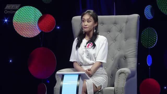 Kim Anh - Pewpew trò chuyện tại show hẹn hò